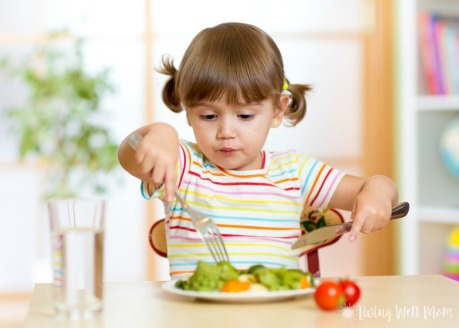Kids-eating-healthy