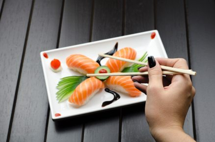 chopsticks-cuisine-delicious-858501